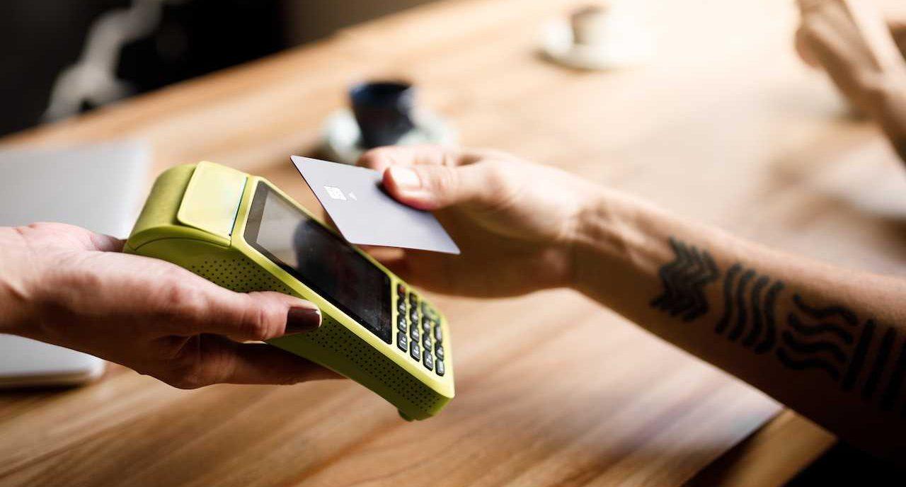 Quais são as melhores maquininhas de cartão para MEI